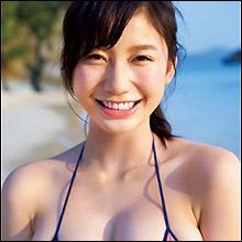 8頭身Gカップボディに大反響! 18歳の超逸材・小倉優香、鮮烈グラビアデビューに「破壊力すごすぎる」と絶賛の声