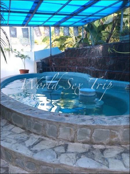 【世界一周エロ旅】欧米人の間で「若いコと手頃な値段でセックスできる国」として有名なドミニカ共和国のアダルトリゾートホテルの画像13