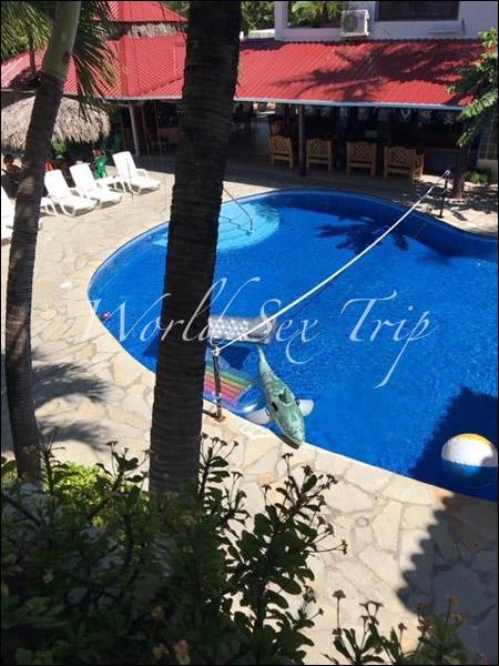 【世界一周エロ旅】欧米人の間で「若いコと手頃な値段でセックスできる国」として有名なドミニカ共和国のアダルトリゾートホテルの画像9