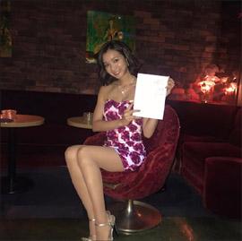 芹那、久々のセクシーショットで美脚を披露! 女優として評価上昇で完全復活なるかの画像1