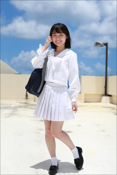 道産子アイドルの真っ白で華奢なボディ! 正統派美少女・本田みく、初DVDでイケない妄想が膨む過激ショットの画像2