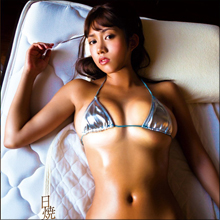 「エロすぎる日焼けあと」に大注目! Gカップグラドル・伊藤早由利、夏にぴったりの新作DVD!!