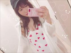 元AKB48・河西智美、谷間チラリの水着姿で久々の小悪魔ショット! 男性人気の再燃で再浮上なるかの画像1