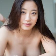 ギリギリどころか一線越えまくり! Hカップグラドル・藤井あかり、ほぼ全裸シーン満載の最新イメージ作品