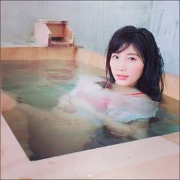 小倉優香の「むっちり化」にファン歓喜! 入浴&ビキニのオフショットに絶賛の声の画像1