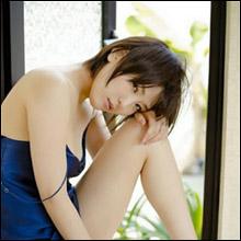 「ひなけつ」で人気の朝比奈祐未、初写真集の制作プロジェクトにファンから応援殺到