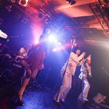 「アイドル」はバンドが下に見て済む文化なのか? 「アーバンギャルドの病めるアイドル五番勝負!!!!!」レポ