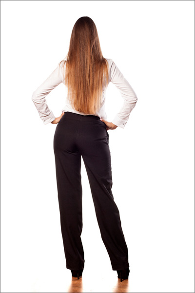 【エロ体験談】ラッキースケベにドッキドキ♪ 師走のオフィスで魅惑のパンティラインの画像1