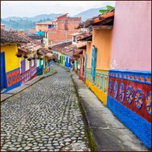 【世界一周エロ旅】美女大国コロンビアの中でも特に美女が多い街・メデジンの置屋に潜入
