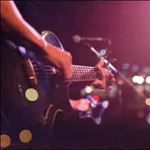 【風俗嬢・処女喪失話】メジャーデビュー直前のギタリストに捧げた処女