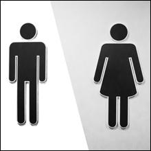 【エロ体験談】いきなり女子トイレに引き込まれ…バイト仲間の超積極的アプローチ