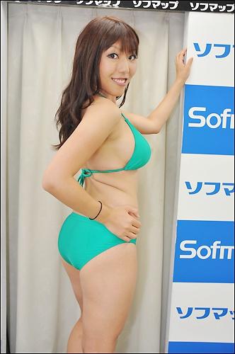 aizawa0829_04.jpg