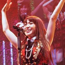パンツと乳見せでまたクレーム? AKB48お下品路線のナゼ