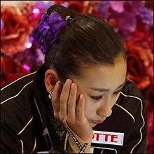 浅田真央の姉・舞ちゃんの競泳水着姿で