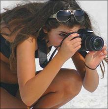 盗撮業者の影に潜む、女盗撮師の世界