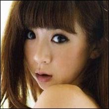 ほしのあきが韓国で大人気!! 三浦と破局で整形大国に豊胸ブームを巻き起こすか?