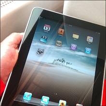iPhoneやiPadはエロ禁止、『ワンピース』『NARUTO』はグロ扱い!?