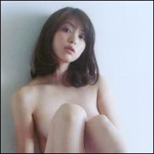 祝・セミヌード! 岩佐真悠子が5年ぶり写真集で過去最大露出を披露