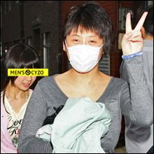 小阪由佳、メイド喫茶バイト決行!! 完全取材NGの厳戒体制も「またやろっかなぁ、キャハ♪」