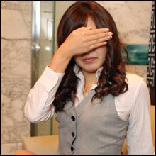 【激アツ風俗嬢ハメ撮り】OL制服がバッチリ似合う22歳のガチ潮吹き!