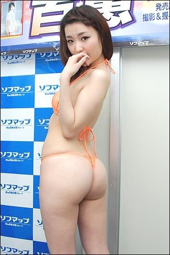 momoe0529_03.jpg