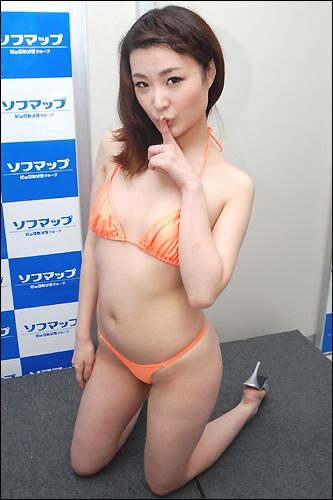 momoe0529_06.jpg
