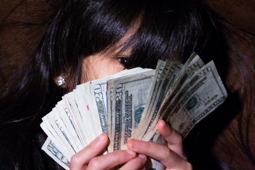 moneygirl0418.jpg