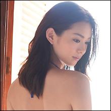 セレブを夢見る田舎の少女!? アイドリング!!!14号・酒井瞳がセクシーDVDを発売!