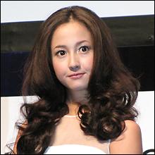 """復帰映画記者会見で判明した沢尻エリカの""""爆弾""""! 再びバッシングの対象か!?"""