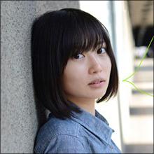 志田未来の「巨乳化」が話題に 石原さとみ級の色気を放つ日も近い?