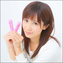 AV女優・小島みなみ、ビーチク専用ローターで悶絶!? 乳首を開発してエッチを満喫しよう!
