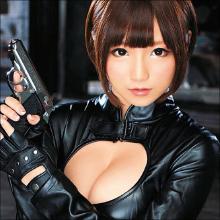元アイドルが催淫剤で絶頂イキまくり! 佐倉絆、セクシーボディスーツで女スパイに