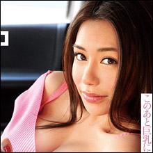 ハーフ美女・松本メイ、Gカップ美乳をフル活用して男を誘惑!!