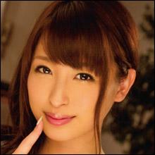 スレンダーボディにEカップ美巨乳・秋山祥子、発情期の牝そのものの淫乱ぶりで妹の彼氏を誘惑!