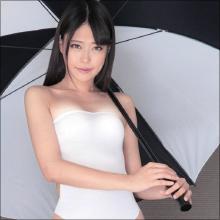 最高のアヘ顔Wピース!! 高身長AV女優・浅倉愛がレースクィーンの格好で乱れまくる!
