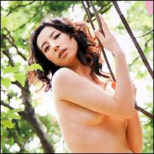 清純派女優が裸体を晒したがるワケ