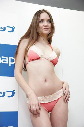 yuria1218_05.jpg