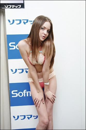 yuria1218_08.jpg